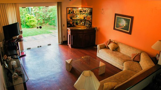 Niteroi Hostel: Sala TV