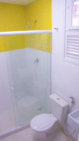 Niteroi Hostel: banheiro fem
