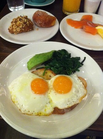 SKYCITY Grand Hotel: Fresh and high quality breakfast