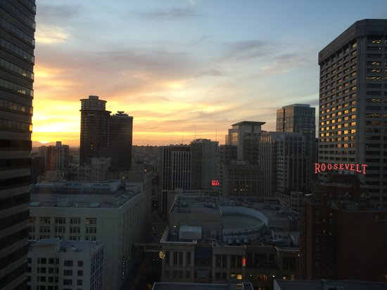 Sheraton Seattle Hotel: View from Room 2308