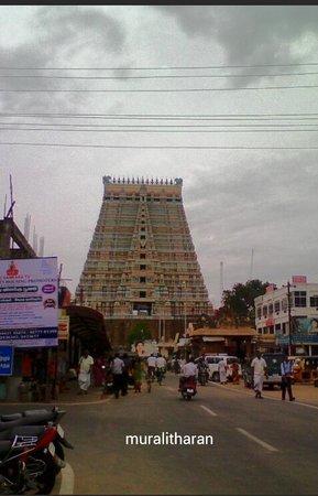 Sri Ranganathaswamy Temple: srirangam Rajagopuram view-MURALITHARAN