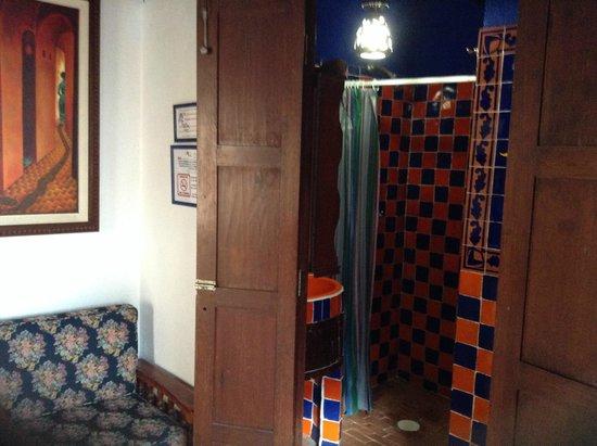 La Casa Azul : Baño