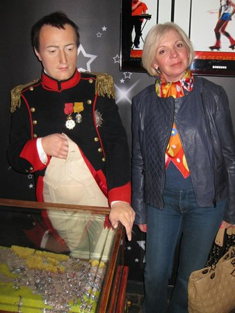 Madame Tussauds London: Вот он комплекс Наполеона.