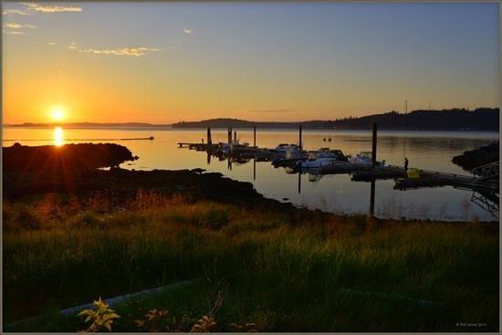 Alder Bay Resort : sunset at Alder Bay