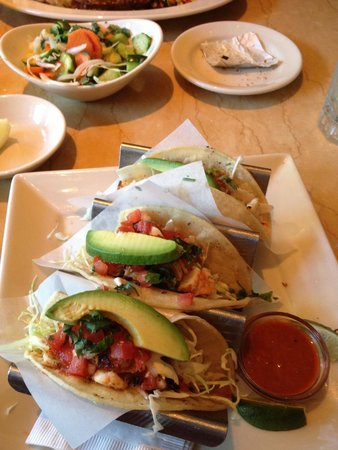The Cheesecake Factory : Shrimp tacos ! Perfect !!
