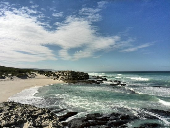 De Hoop Nature Reserve: Koppie Alleen - beautiful setting for whale watching & the marine walk