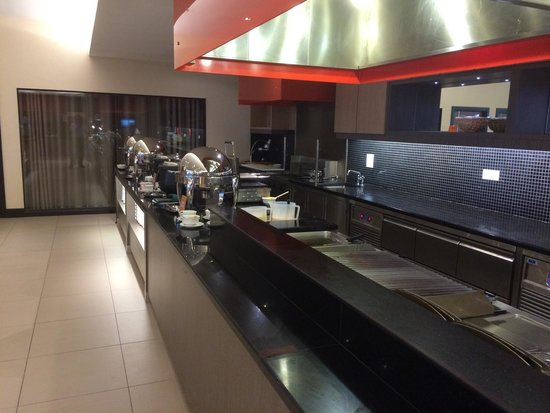 Imperial Hotel Kuching: Instant cook station