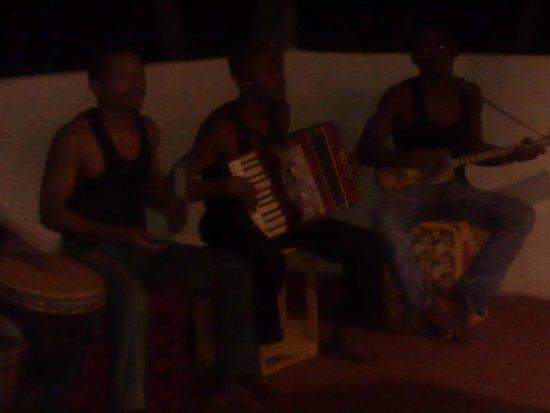 Kintana Resort & Spa : suonatori serata malgascia
