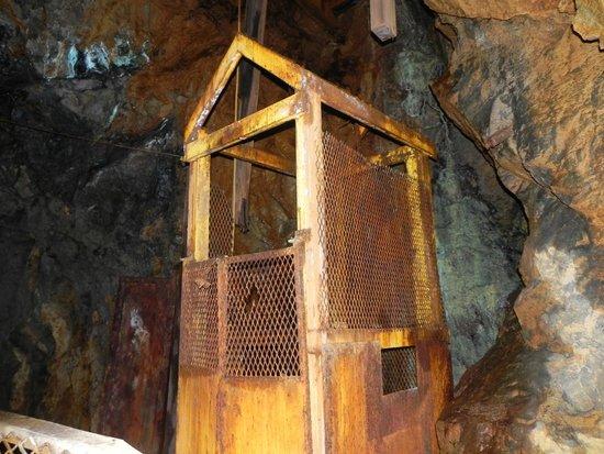 Old Hundred Gold Mine Tour : Mine Elevator