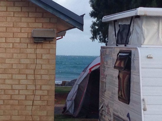 BIG4 Dongara Denison Beach Holiday Park: From my cabin