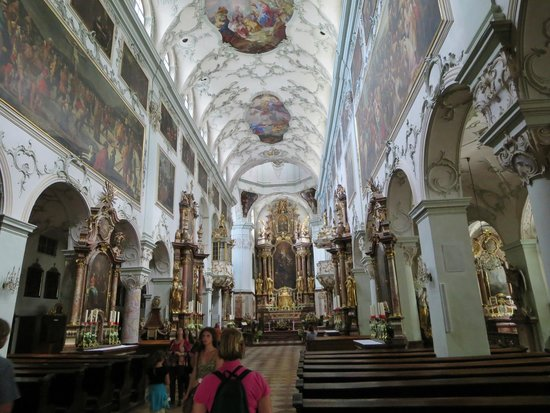 St. Peter's Abbey (Stift St. Peter): Interior