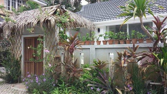 King's Garden Resort: Beach front villa