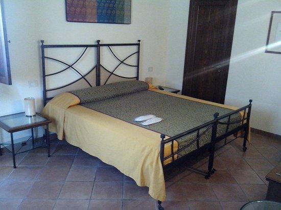Hotel Caiammari : Bedroom
