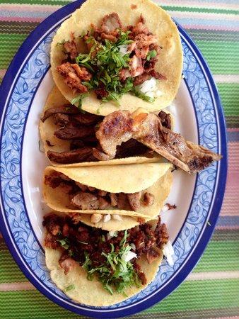 Las Guacamayas : Best tacos!!!