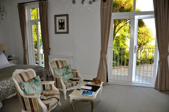La Haule Manor: Our lovely bedroom