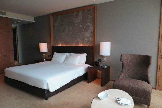 Eastin Grand Hotel Sathorn: Comfortable Bedroom - Premium Deluxe
