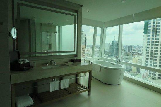 Eastin Grand Hotel Sathorn: Gorgeous Bathroom