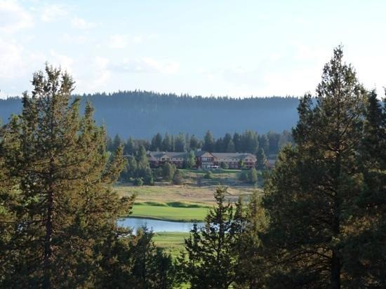 Running Y Ranch Resort: The Running Y Lodge.