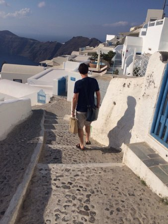 Grace Santorini Hotel: The hike to the room which is nothing ! I get if you have knee problems -probably shouldn't go t