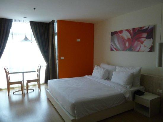 Brighton Hotel & Residence: ベッド周り