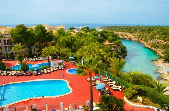 Ona Cala Pi Club: Piscinas * Swimming pools