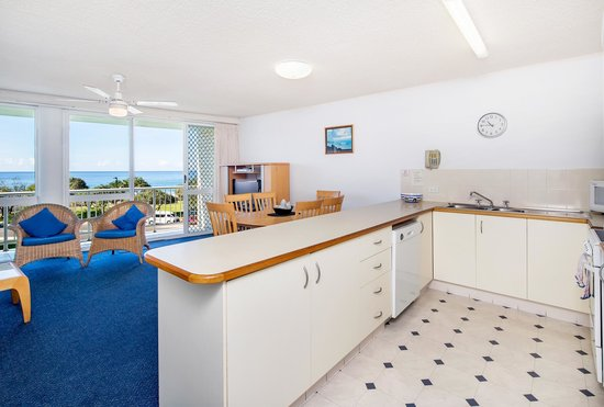 Capeview Apartments : Cook your breakfast with views to die for