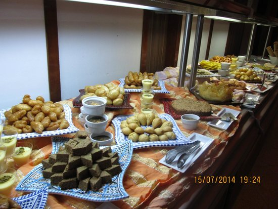 TUI SENSIMAR Scheherazade : Desserts on Tunisian Night