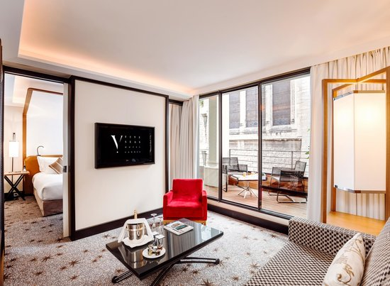 Five Seas Hotel Cannes : Suite so Suite Living Room & Terrace