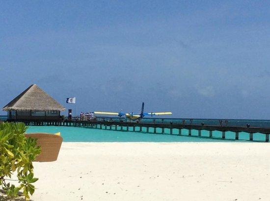 Kanuhura - Maldives: reception center