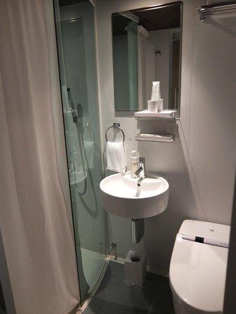 The B Ikebukuro: 衛浴設備