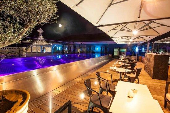 Five Seas Hotel Cannes: Summer Pool Terrace
