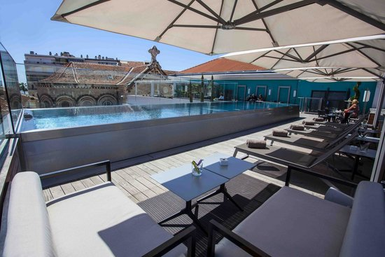 Five Seas Hotel Cannes: Pool Terrace by Day