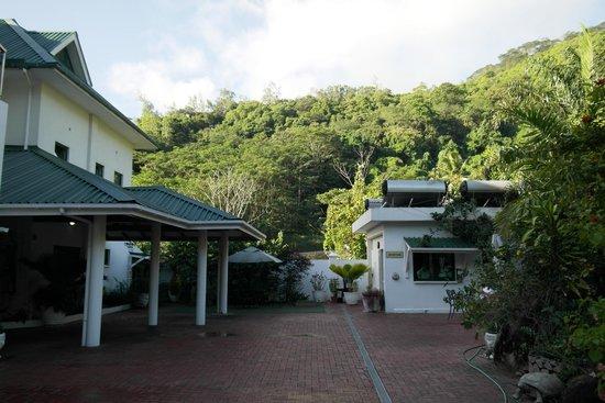 Hanneman Holiday Residence: entrance