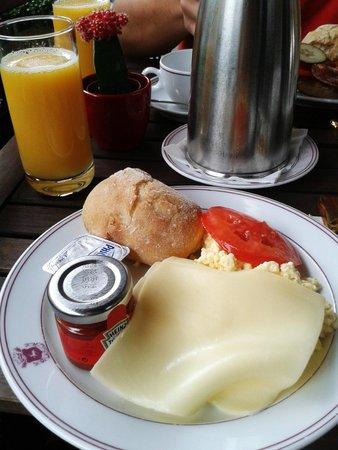 Hotel Le Plaza : Petit déjeuner