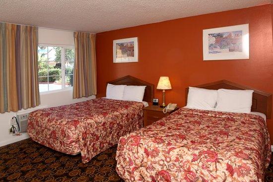 Granada Inn - Silicon Valley: Double Bed Room