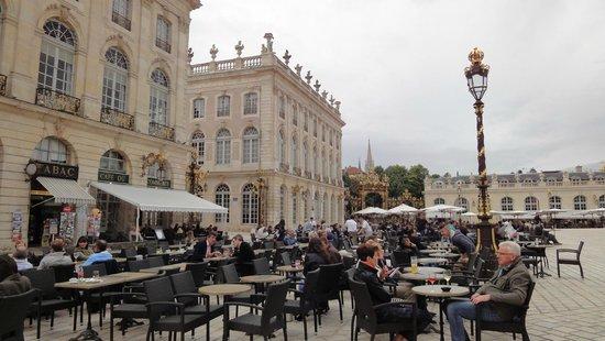 Place Stanislas : Eén van de vele terrassen