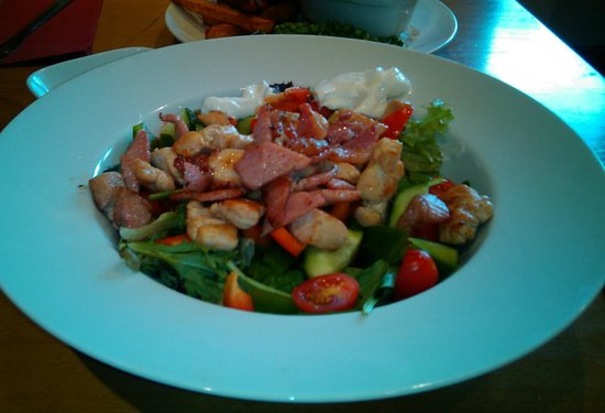 The New Prospect Inn: Fresh Chicken and Bacon Salad