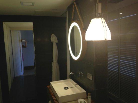 Andaz Maui At Wailea: Bathroom