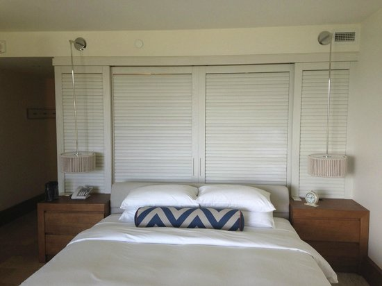 Andaz Maui At Wailea: Bedroom.  Shutters behind the bed open up to view into shower.