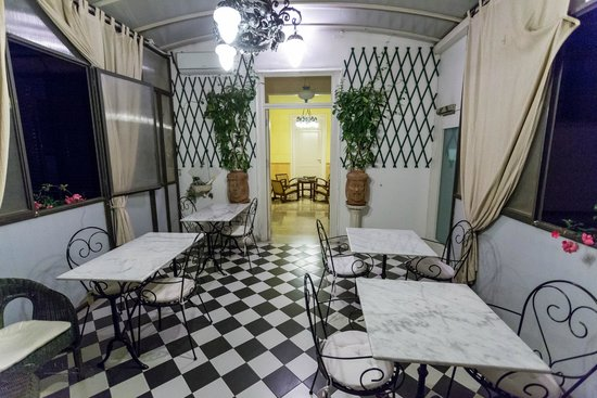 Palazzo Pantaleo B&B: Frokostsalen