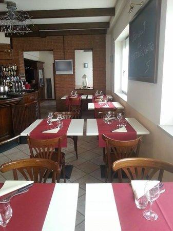 Setteduequattro Pizza & Cucina: sala bar