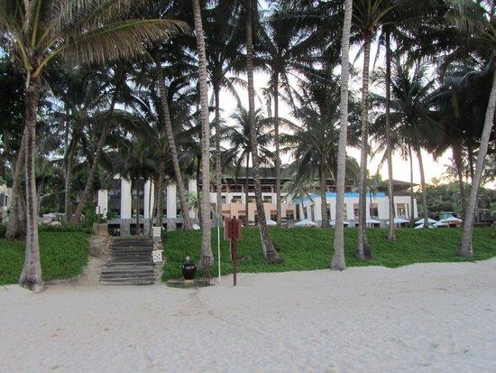 Club Med Bintan Island: vue vers le cirque