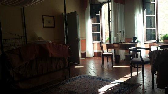 Hotel L'Antico Pozzo : Camera Dante