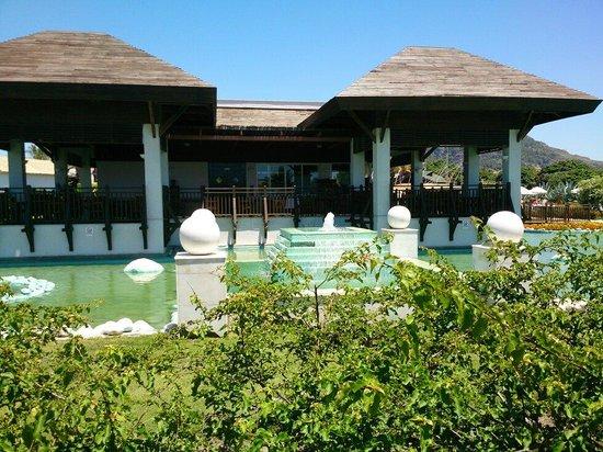 Tropikal Hotel: Ресторан на территории