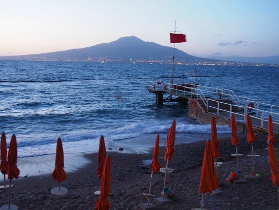 Hotel&Resort Le Axidie : Vue sur Vesuve