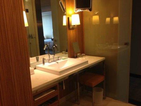 The Landis Taichung: Bathroom