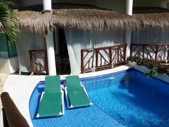 El Dorado Casitas Royale, by Karisma: Our swim up