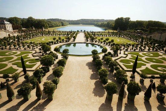 PARISCityVISION: Versailles Palace gardens