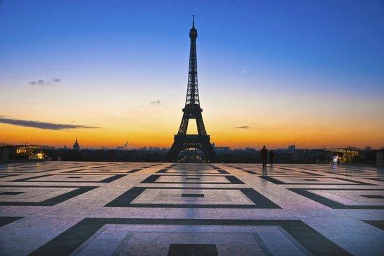 PARISCityVISION: Eiffel Tower from Trocadero