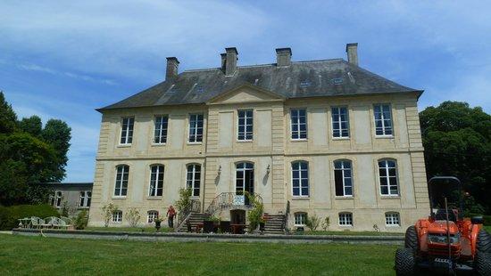 Château de la Ferrière : le chateau vu de l'avant